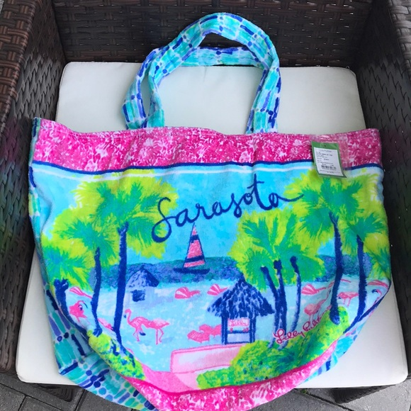 Lilly Pulitzer Handbags - NWT Lilly Pulitzer Tote